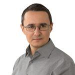 Piotr Leszczyński Thriving in Communities & Organizations